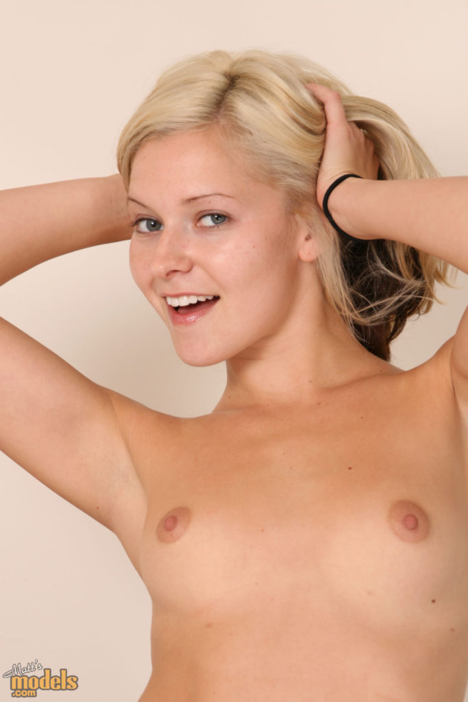 Lena2 - amateur nude models, blonde nude models